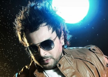 "DJ Akhil Talreja features his 24 minute remix set from his latest album ""AKHILICIOUS Vol. 2"""